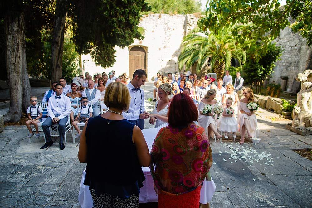 Bonj Les Bains wedding Hvar 45