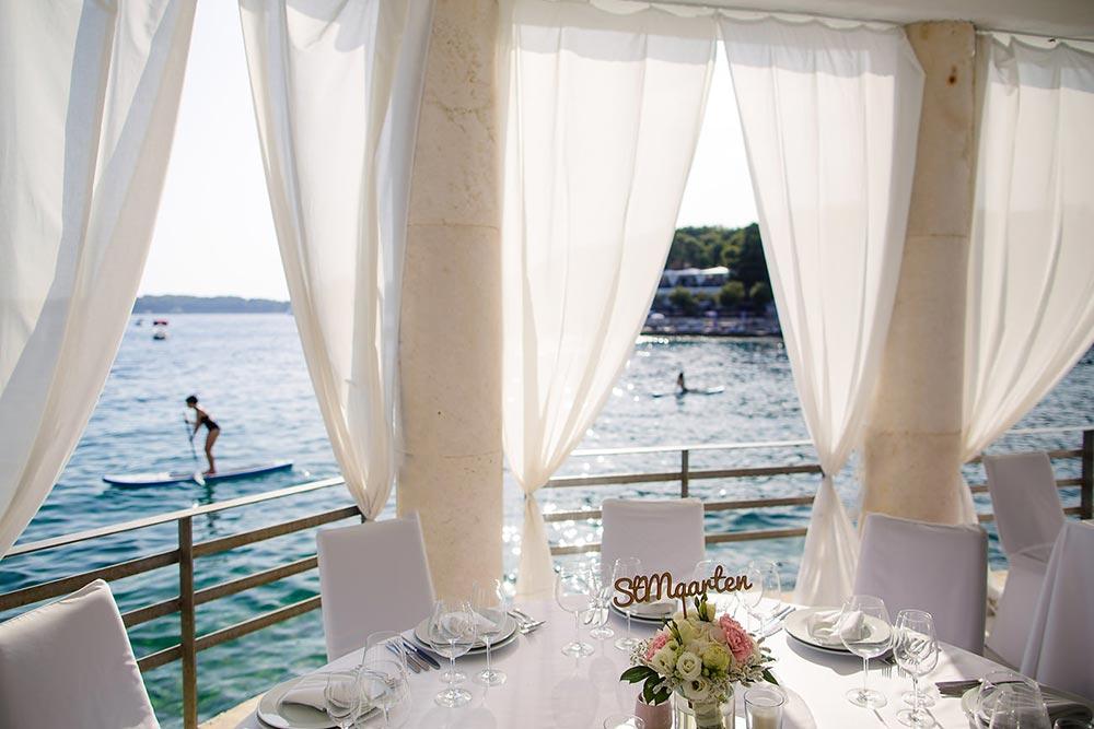 Bonj Les Bains wedding Hvar 55